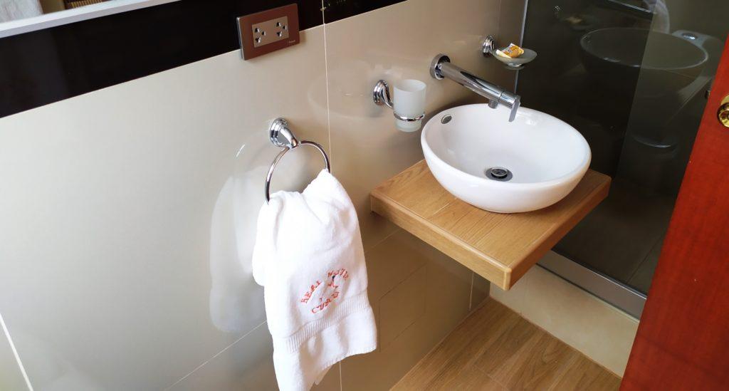 habitación con baño privado cusco