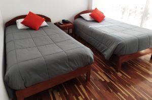 cama doble para amigos
